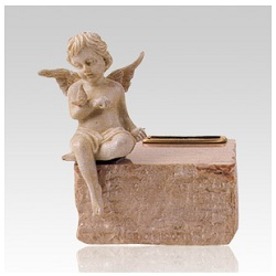 The right Infant Cremation Urn can bring great peace to the heart.