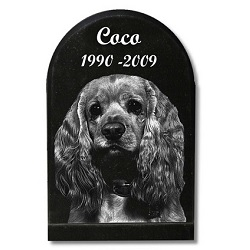 A pet memorial can be a beautiful final touch to a pet's final resting place