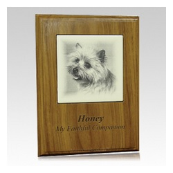 Creating a memorial tribute for a pet can be a wonderful help in the mourning process