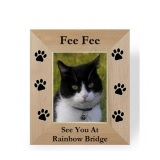 A simple sympathy gift can bring a world of comfort to a person mourning their pet