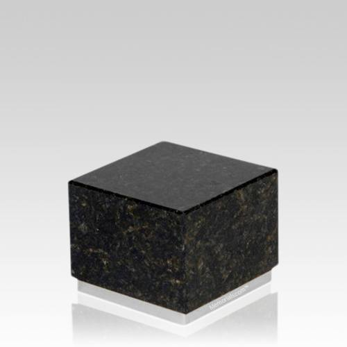 Dignity Silver Verde Granite Medium Urn