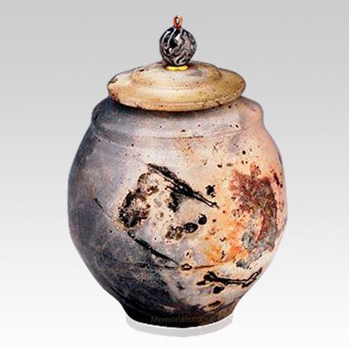 Flo Child Cremation Urn