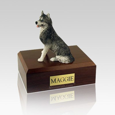 Husky Medium Dog Urn