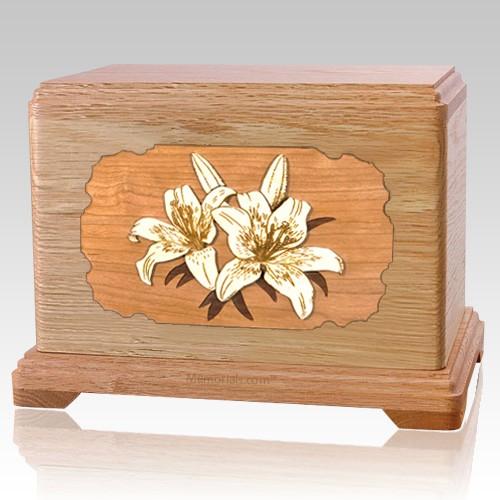 Lily Oak Hampton Cremation Urn