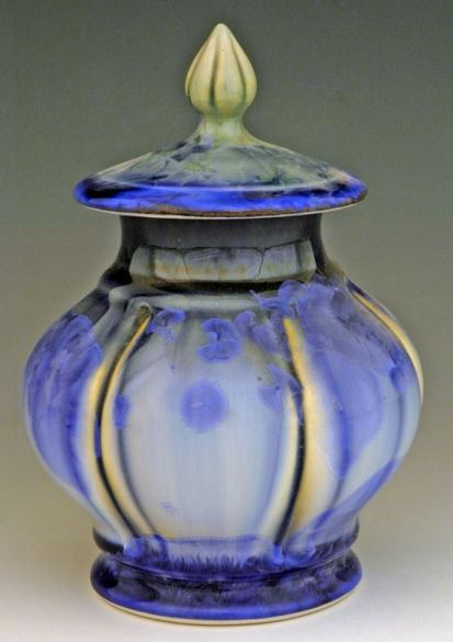 Tranquil Keepsake Cremation Urn