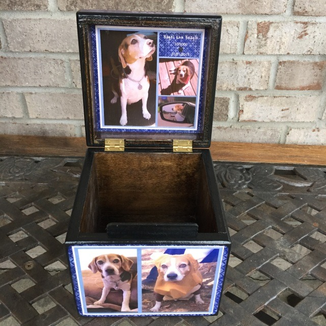 Photo Cube Small Pet Urn with Lid Photo