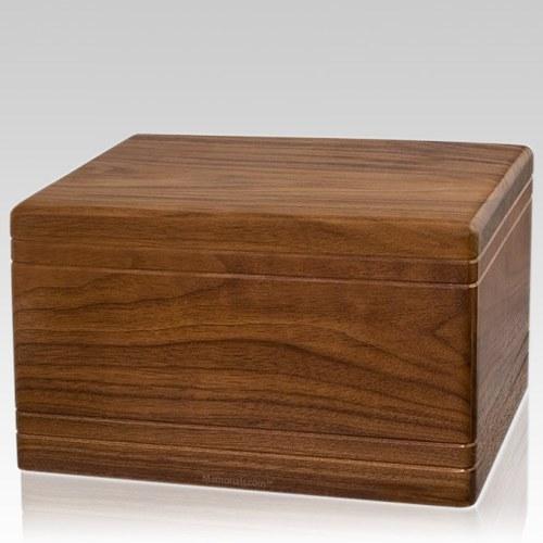 Tradicional Walnut Wood Urn