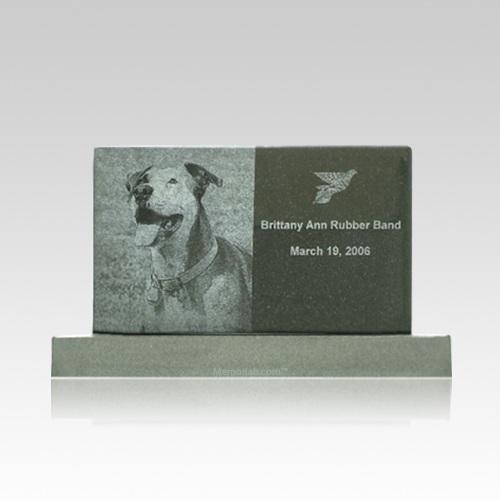 Upright Medium Pet Monument