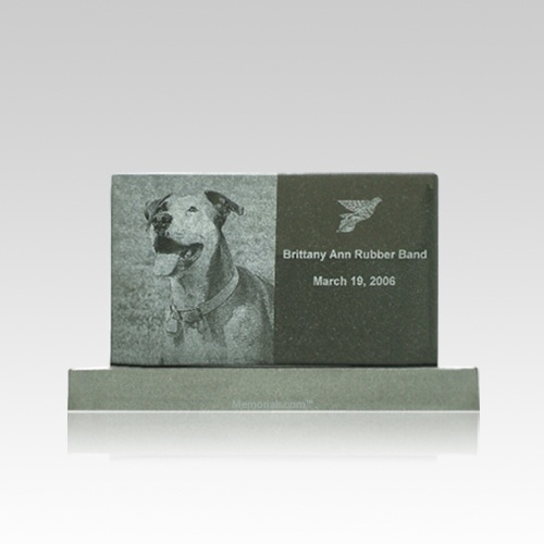 Upright Small Pet Monument
