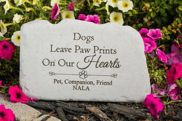 Dogs Memorial Stone