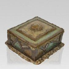 Linette Cremation Urn