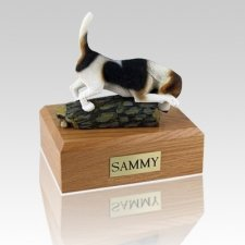 Beagle Hunting Dog Urn