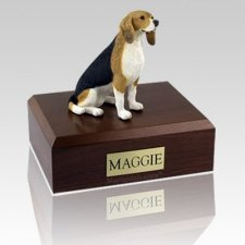Beagle Sitting X Large Dog Urn