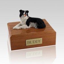 Border Collie Lying X Large Dog Urn