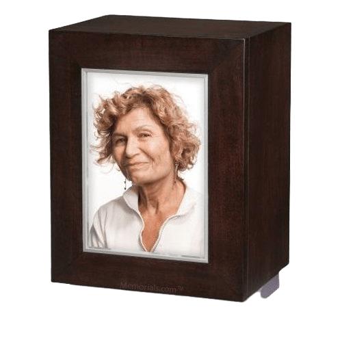 Cuadro Wood Cremation Urn