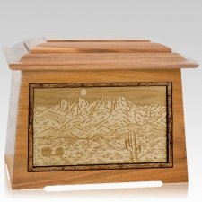 Four Peaks Oak Aristocrat Cremation Urn