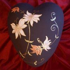 Garden Ceramic Heart Urn