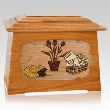 Gardening Mahogany Aristocrat Cremation Urn