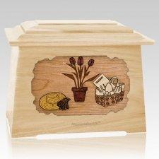 Gardening Maple Aristocrat Cremation Urn
