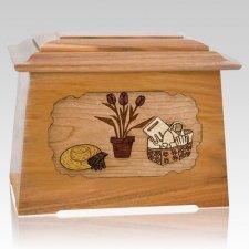 Gardening Oak Aristocrat Cremation Urn
