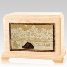 Grand Tetons Maple Hampton Cremation Urn