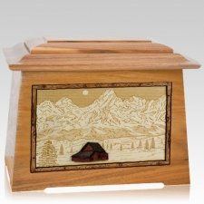Grand Tetons Oak Aristocrat Cremation Urn