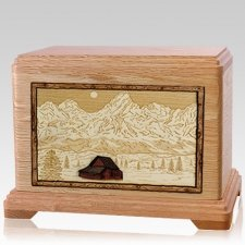 Grand Tetons Oak Hampton Cremation Urn