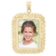 Harmony Yellow Gold Photo Pendant