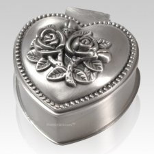 Heart Of Roses Keepsake Box
