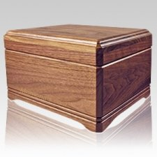 Highlands Wood Cremation Urn