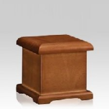 Honroso Wood Small Urn