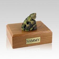 Iguana Medium Cremation Urn