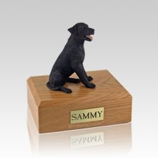 Labrador Black Sitting Medium Dog Urn