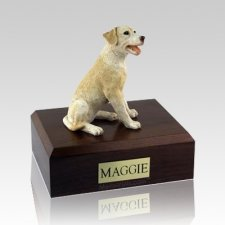 Labrador Yellow Sitting X Large Dog Urn