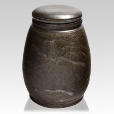 Lionheart Ceramic Funeral Urn