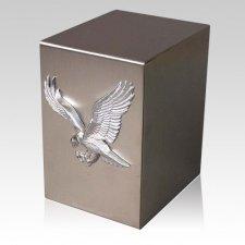 Lustro Triumph Steel Urn