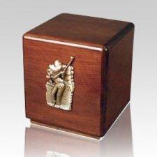 Golfer Majestic Sport Cremation Urn