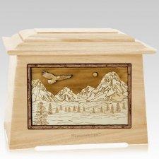 Mount Splendor Maple Aristocrat Cremation Urn