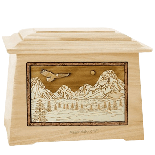 Mount Splendor Maple Aristocrat Cremation Urn