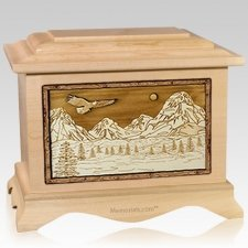 Mount Splendor Maple Cremation Urn