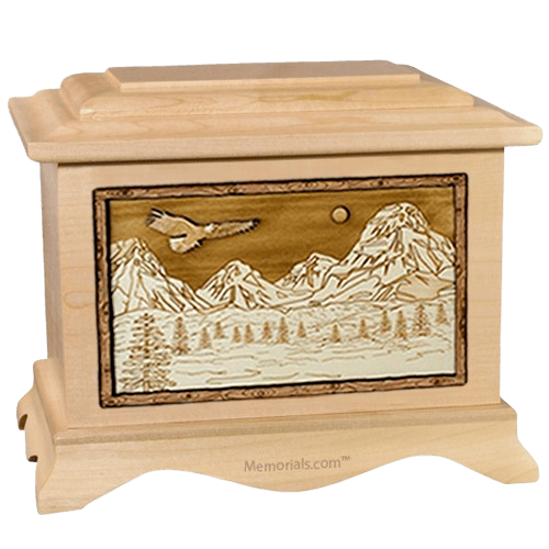 Mount Splendor Maple Cremation Urn