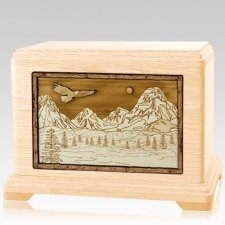 Mount Splendor Maple Hampton Cremation Urn