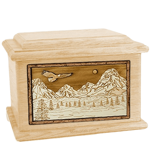Mount Splendor Maple Memory Chest Cremation Urn