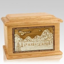 Mount Splendor Oak Memory Chest Cremation Urn