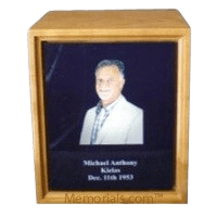 Photo Cherry Wood Cremation Urn
