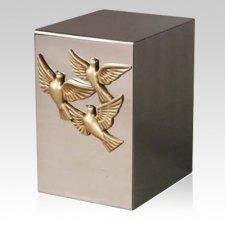 Pristino Doves Cremation Urn