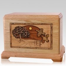 Quail Oak Hampton Cremation Urn