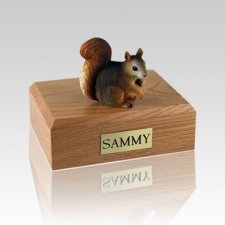 Squirrel Medium Cremation Urn