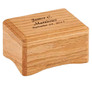 Westhampton Oak Small Wood Cremation Urn