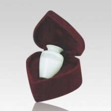 White Dove Keepsake Cremation Urn
